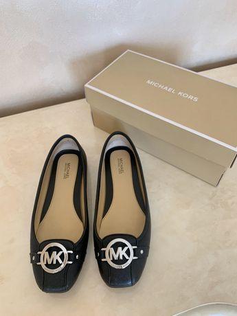 Взуття Michael Kors