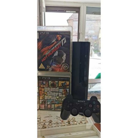 Playstation 3 Slim 320GB + 2 gry