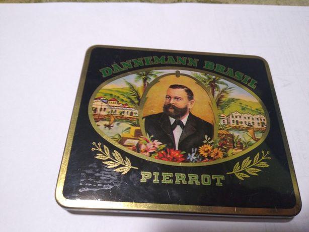 Pudełko po cygarach Dannemann Brasil Pierrot