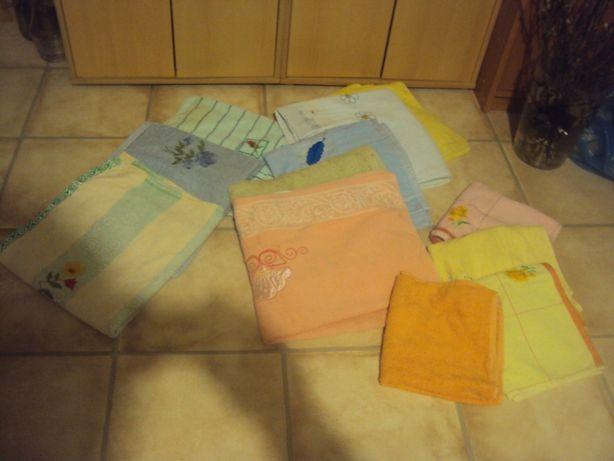 Ręczniki małę i duże wszystkie paka 50 zł stan bardzo dobry