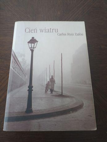 Cień wiatru Carlos Ruiz Zafon książka