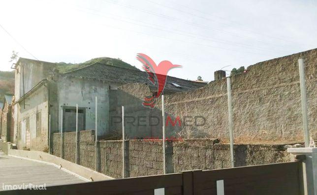 Armazém na Cumieira na  N2 a 5 kms de Vila Real