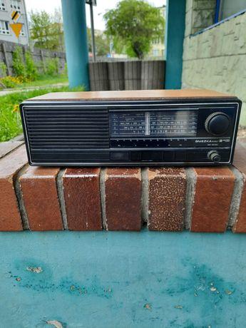 Radio Śnieżka Diora R207