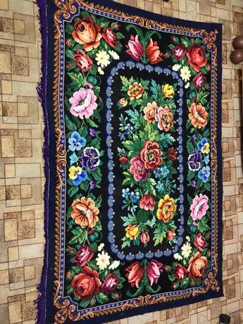 Продам вышитый ковёр ручной работы