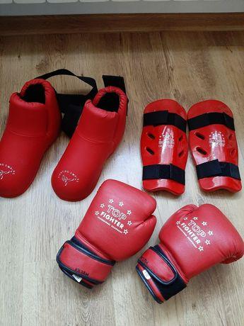 Rękawice sportowe,ochraniacze, buty od 15 zl