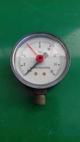 Manómetro de pressão.