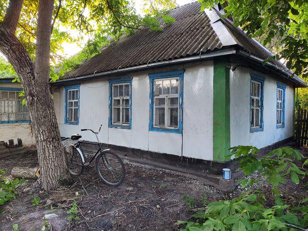 Продам будинок із земельною ділянкою під Фастовом