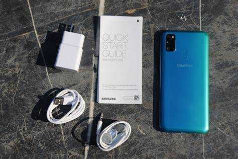 Samsung Galaxy M30s (2 чехла в подарок + карта памяти на 128гб) + чек