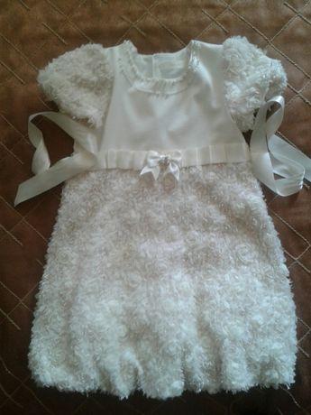 Платье нарядное на 4-6 лет