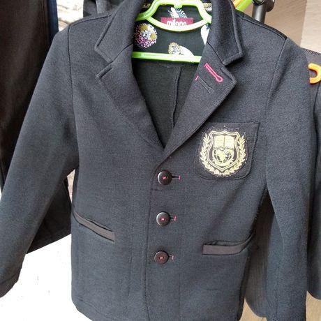 Пиджак для мальчика трикотажный