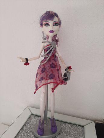 Oryginalna lalka Monster High