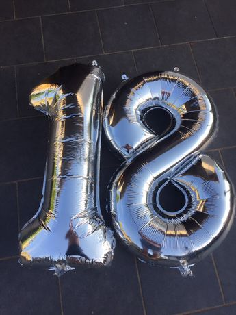 litery na osiemnaste urodziny