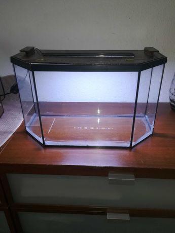 Akwarium 32l+ pokrywa z oświetleniem