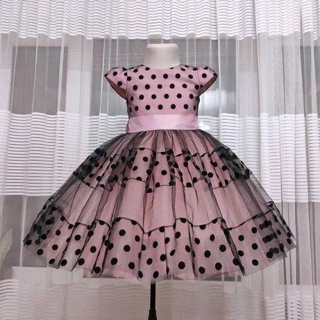 Нарядное платье в горох из евросетки и фатина