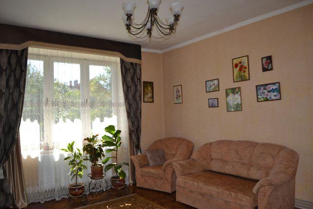 Продається 2-кімнатна квартира в центрі Дрогобича