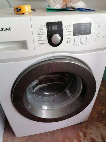 Стиральная машина Samsung WF60F1R1G0W
