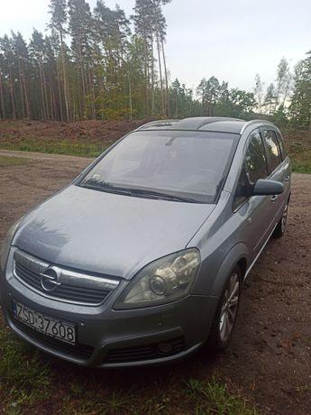 Opel Zafira 1.9 CDTI 150 KM 7os. Wersja Sport