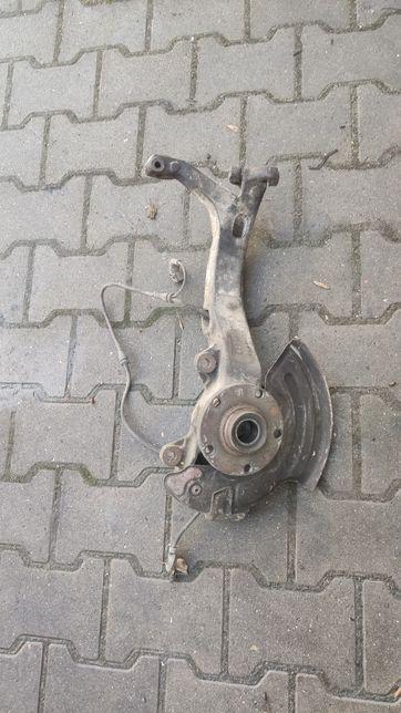 Zwrotnica Piasta Prawy Przod Audi A6 C5 Allroad 4Z7407.258E