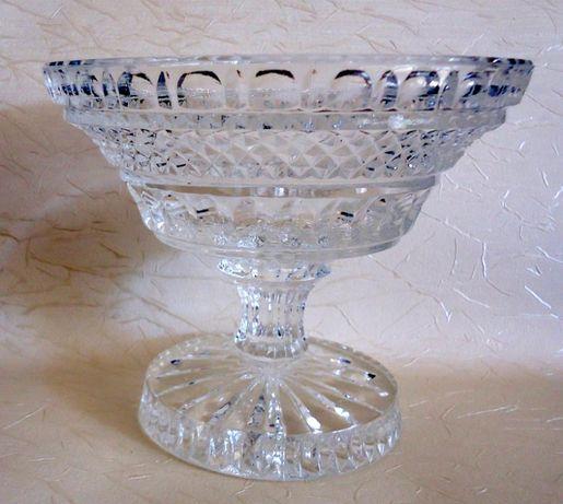 Śliczna stara szklana, kryształowa patera