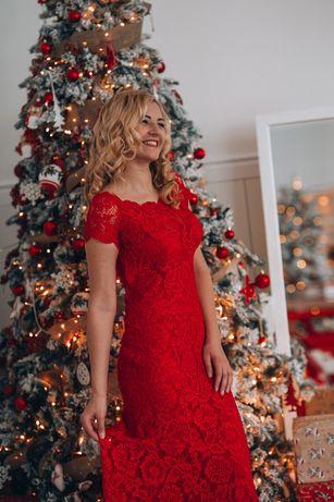 Продам шикарное красное платье в пол