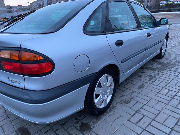 Renault laguna 1.6i 1998