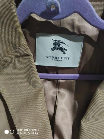 Blazer Burberry tam.54