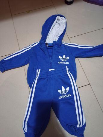 Oryginalny komplet Adidas dresowy dla dziecka 3-6 mc