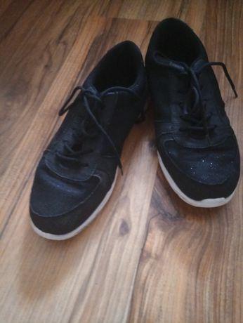 кроссовки кросівки р.37