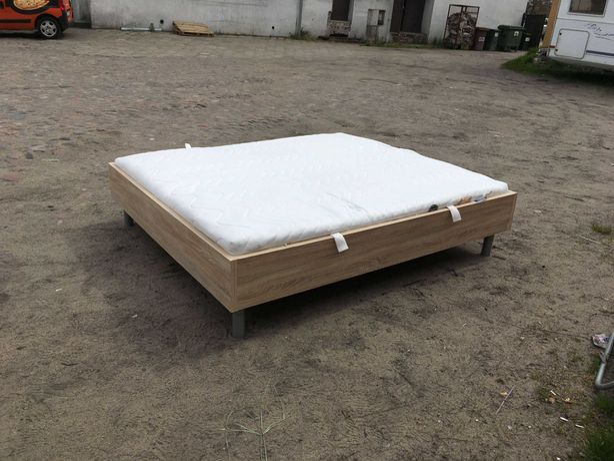 Sypialnia łóżko komoda dąb sonoma