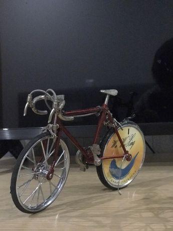 Vendo duas bicicletas isqueiros