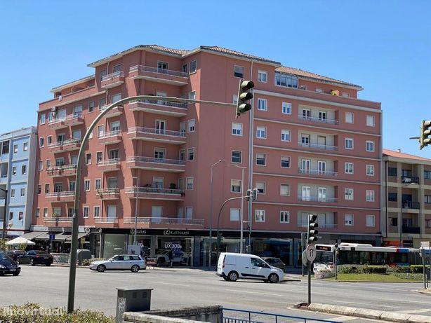 Apartamento T3, Av Liberdade, Braga