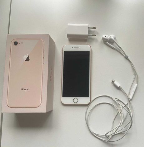 iPhone 8, stan bardzo dobry