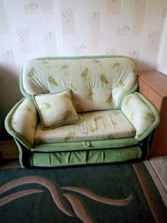 Продам диван раскладной б/у