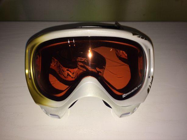 Продам женскую лыжную маску!