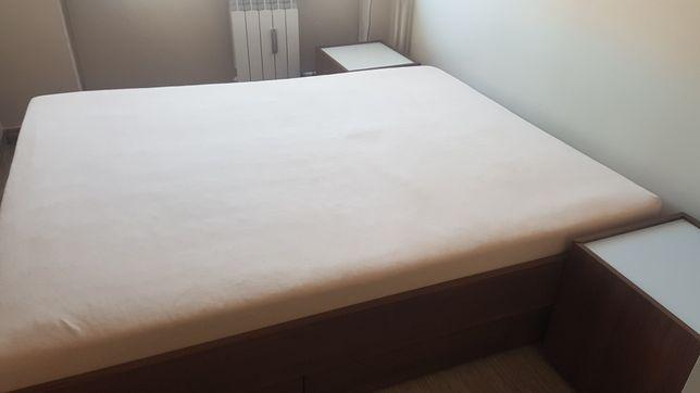 Łóżko sypialniane 160/200 plus 2 szafki nocne