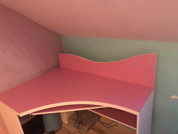 Biurko narożne dziecięce +półka wisząca