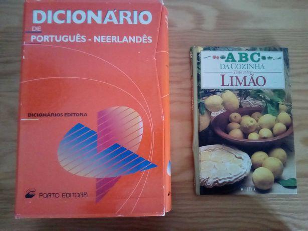 Dicionários e livros culinária
