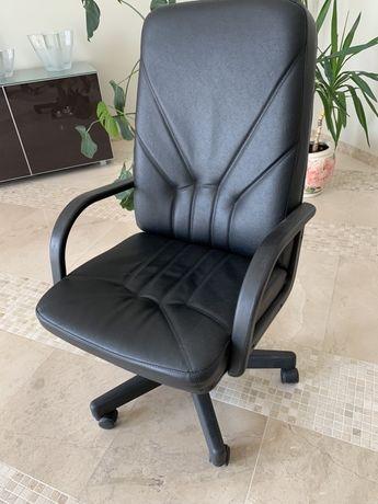 Кресло офисное комфортное