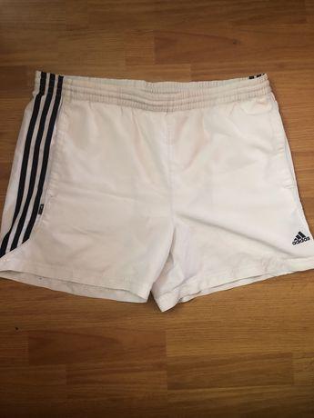 Шорты Adidas M-L оригинал с полосками