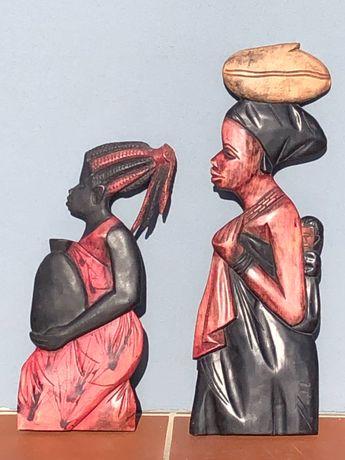 Estátuas de madeira africanas