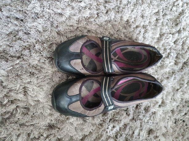Sapatos skechers 40