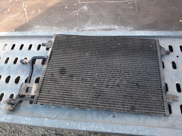Chłodnica Klimatyzacji Volkswagen Passat b5 1.9 tdi /1.8t 8D0,260,401E