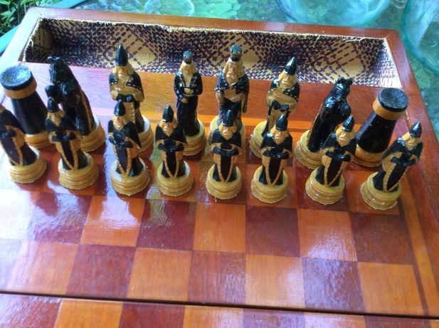 Деревянные шахматы ручной работы середины прошлого века