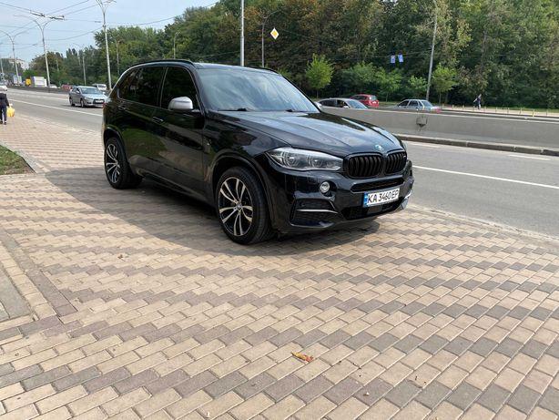 BMW X-5 M50d  2015г. официал. 3.0 дизель. АКПП. 44000 у.е.