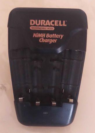 Зарядное Duracell CEF14KTNEU