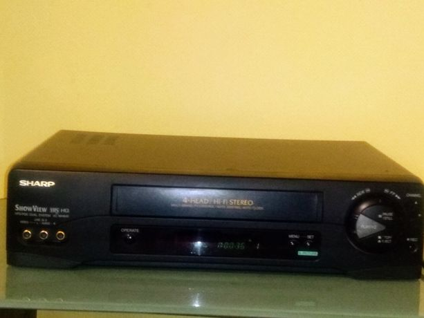 Magnetowid Sharp VHS 4 głowice / hi-fi stereo stan techniczny idealny