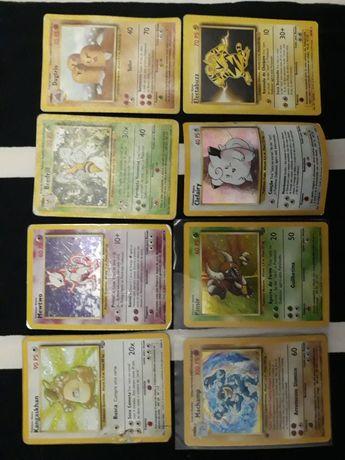 Cartas Pokémon raras e holográficas (Clefairy, Mewtwo)