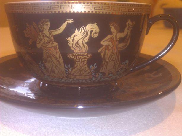 Zestaw złoconej porcelany