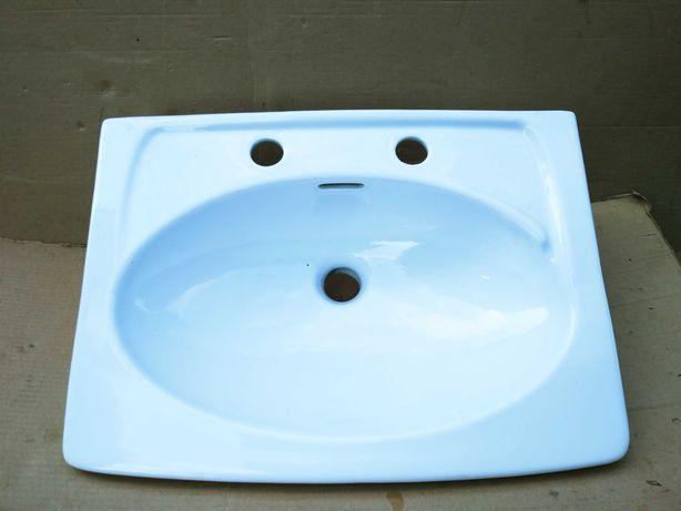 Umywalka biała, dwa otwory.