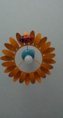 Żyrandol słonecznik do dziecięcego pokoju